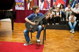 zavrsni-koncert-09-06-2011-19