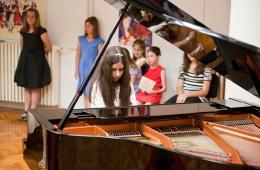 zavrsni-koncert-09-06-2011-34