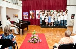 zavrsni-koncert-09-06-2011-43