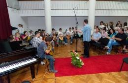 zavrsni-koncert-ogs-2013-12