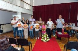zavrsni-koncert-ogs-2013-9